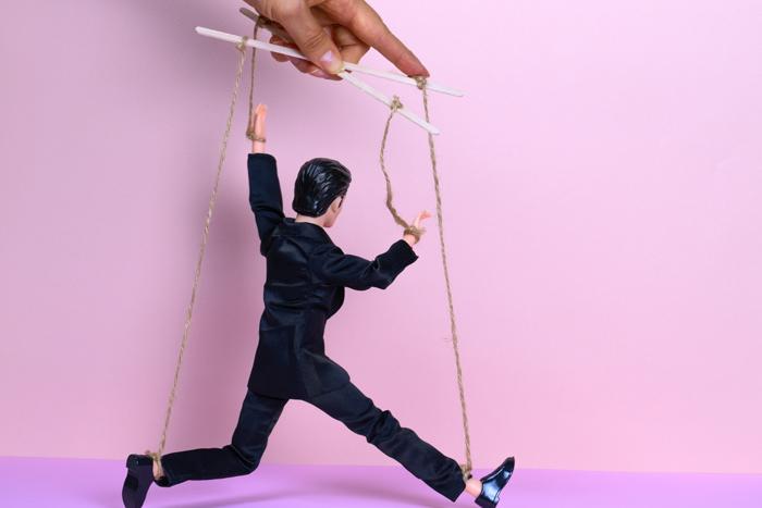 Делай что хочешь: как распознать манипуляции и противостоять им