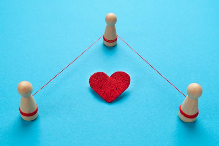Полигамия — табу или норма?