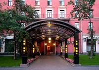 Гостиница «Максима Заря»