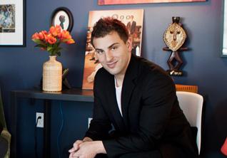 Основатель Airbnb.com Брайан Чески: *«Я меняю жилье раз в пять дней»*