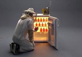 *ДНК по почте, дисплей из воздуха и новая вакцина:* 7 научных стартапов из России