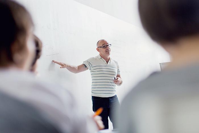 Творческие предприниматели — это люди с особым типом мышления»: Перси Эмметт о лидерах креативных индустрий