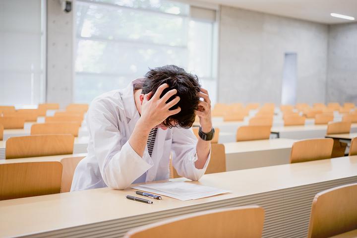 Диссертация невыполнима: 7 причин бросить аспирантуру