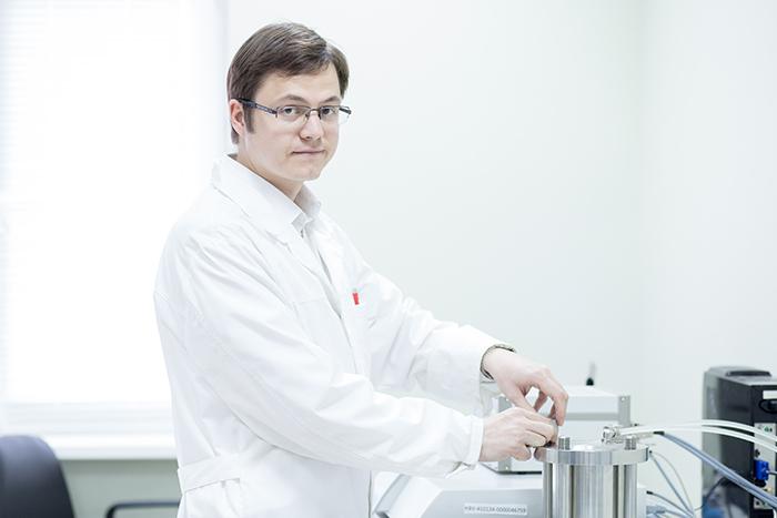 Молодые ученые: химик Михаил Варфоломеев о третьей революции в нефтедобыче