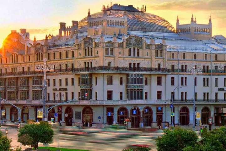 Общественные и административные здания эпохи модерн