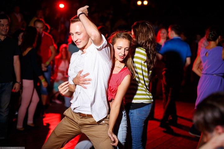 Хастл (парные танцы). Бесплатно, м. Таганская
