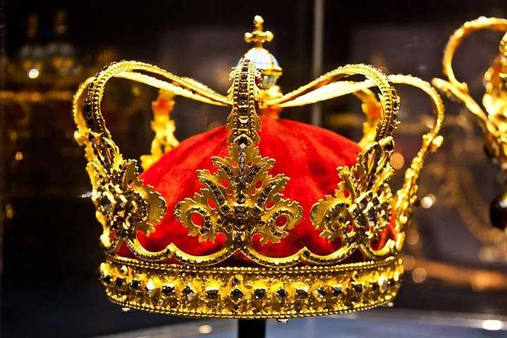 Неабсолютные монархи: власть и общество в эпоху Нового времени
