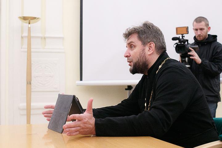 25 октября — Протоиерей Евгений Горячев: «Тема «крови» в Пятикнижии». Лекция цикла «Древние тексты в