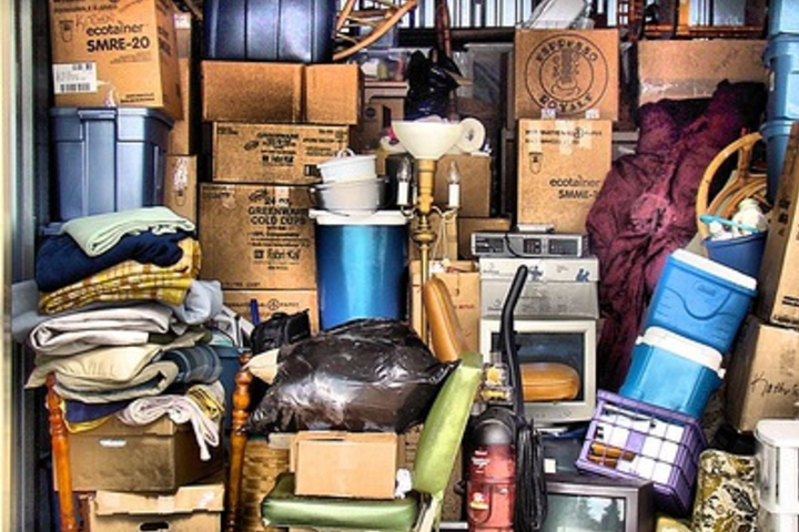 Французский разговорный клуб: Les possessions
