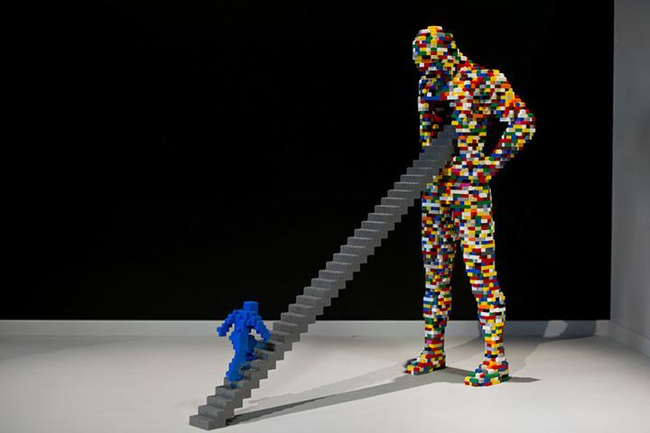Момент между двумя мигами: как мы вступаем в отношения с объектом искусства?
