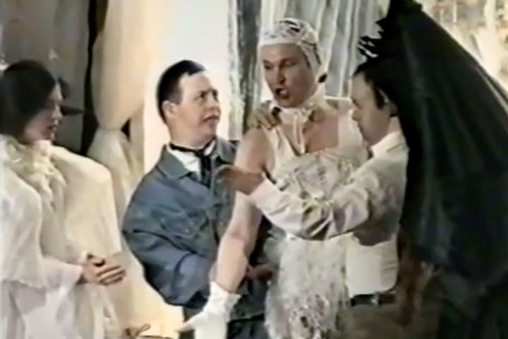 Показ видеоверсии спектакля «САД-5» (1995)