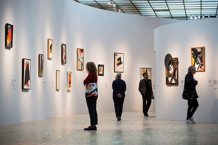"""Вебинар """"Что такое галерея и как начать галерейный бизнес"""""""
