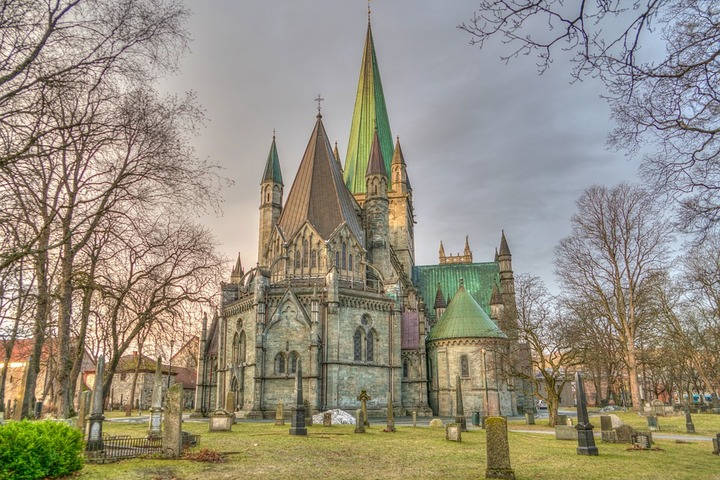 Памятник несостоявшейся норвежской готики