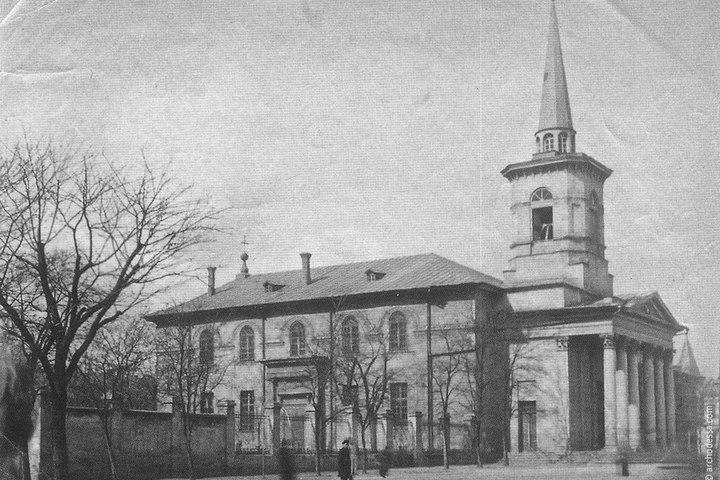 Пешеходная экскурсия «Старая Кирха — Лютеранская церковь Святого Михаила»