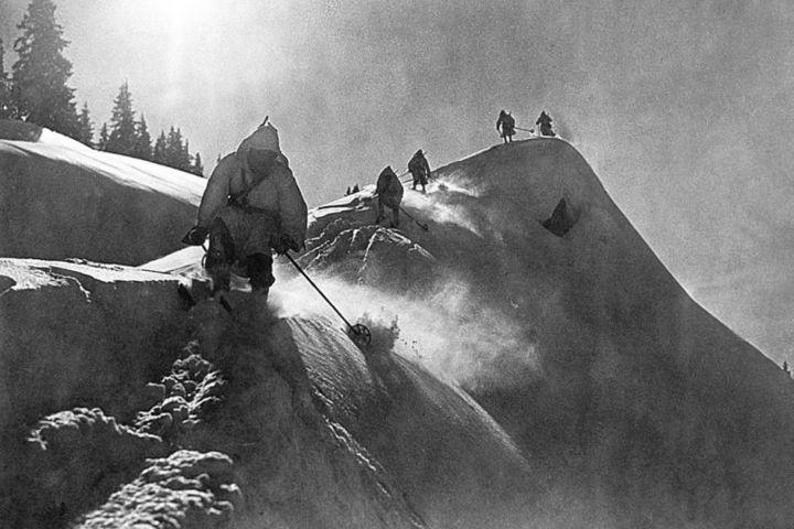 Показ и обсуждение фильма «Горы в огне» (Германия, 1931. Режиссёры: Карл Хартль, Луис Тренкер)