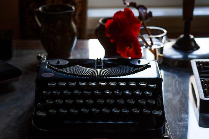 17 страница» с главным редактором «Кинопоиска» Лизой Сургановой. «Язык литературы и кино»