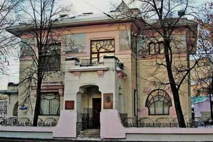 Знакомство с Шехтелем  Синхронизация в Доме Смирнова