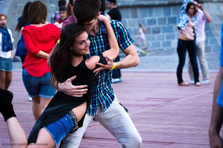 Хастл (парные танцы). Бесплатно, метро Таганская