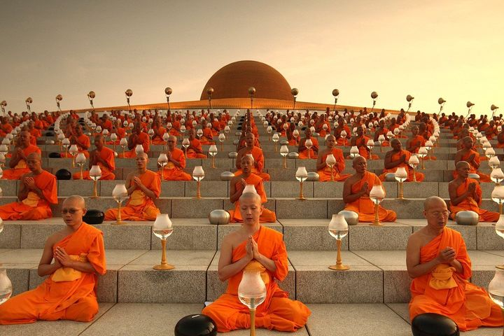 Буддизм. Основные направления и реализация в славянской культуре