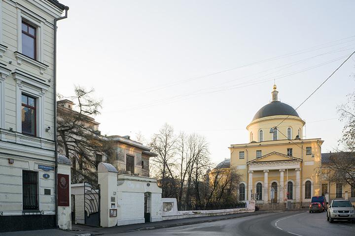 Пешеходная экскурсия «Литературными тропами Поварской слободы»