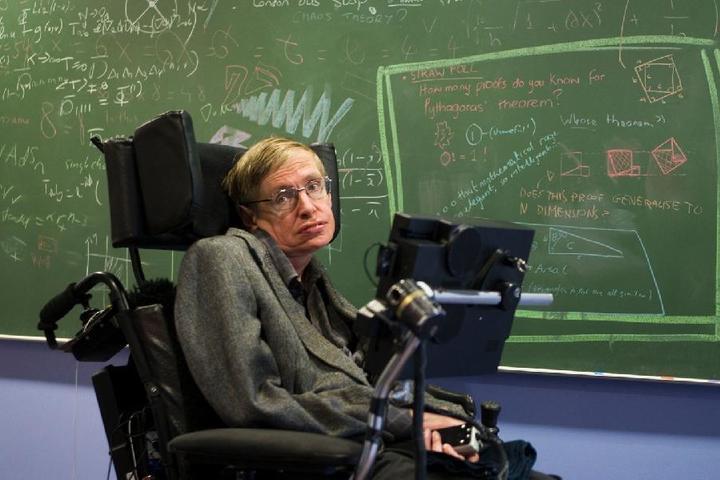 #ОхтаTalk: Формула Хокинга: Как обреченный инвалид стал суперзвездой, а космология – модной наукой