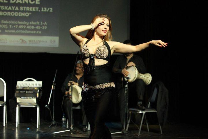 """Мастер-класс """"Искусство быть женщиной в жизни и в танце"""""""