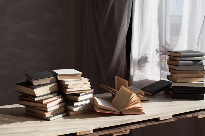 Библиотерапия: помогает ли литература справляться с психологическими проблемами